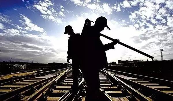 钢铁外贸工厂组织结构图