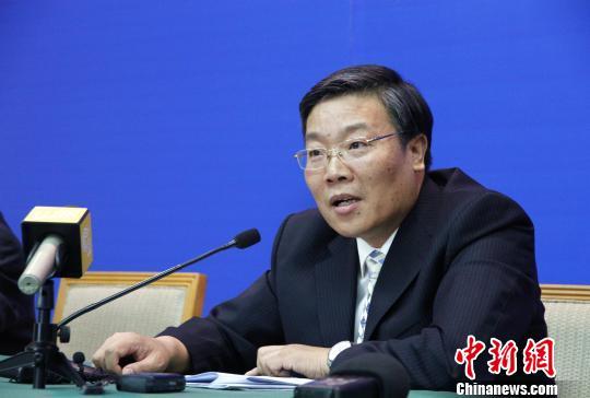 山东省农业厅副厅长庄文忠在发布会上介绍相关情况。 沙见龙 摄