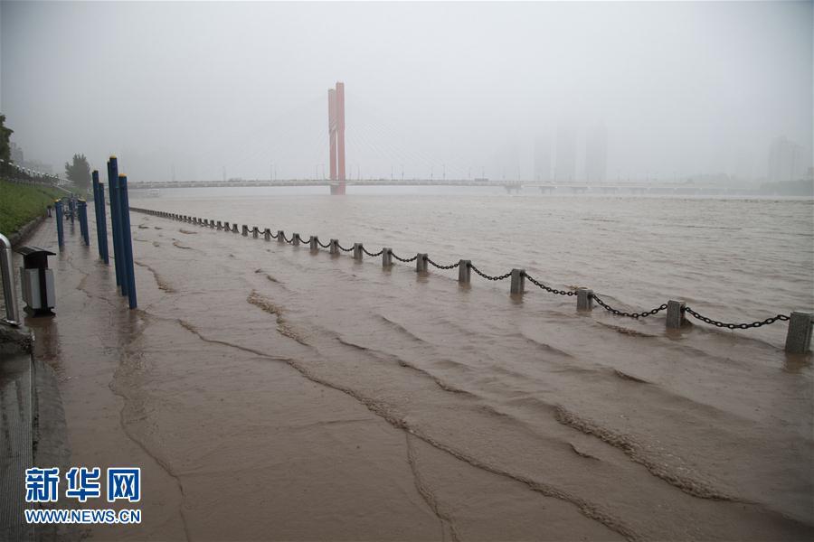 #(环境)(1)强降雨导致吉林市内涝严重