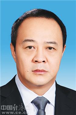 毛超峰兼任海南省行政学院院长 吴慕君转任常务副院长