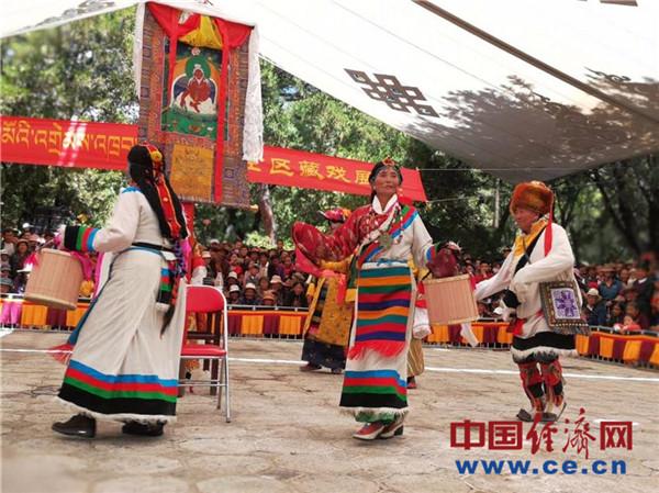 今年拉萨雪顿节开幕 掀起西藏文化旅游高潮