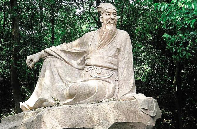 清华附小的苏轼报告成为这周的焦点教育话题,搅动着很多人的神经。