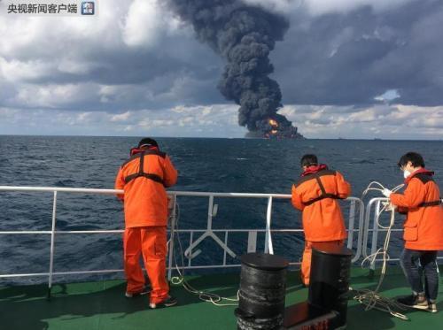 爆燃现场。图片来源:央视新闻客户端。