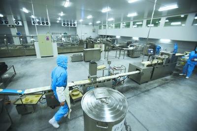 北京最大早餐生产线试运行可提供40多种早餐面食