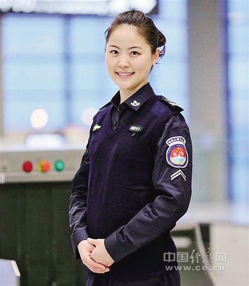 国梦实践者]全国劳模、上海虹桥机场安检员吴