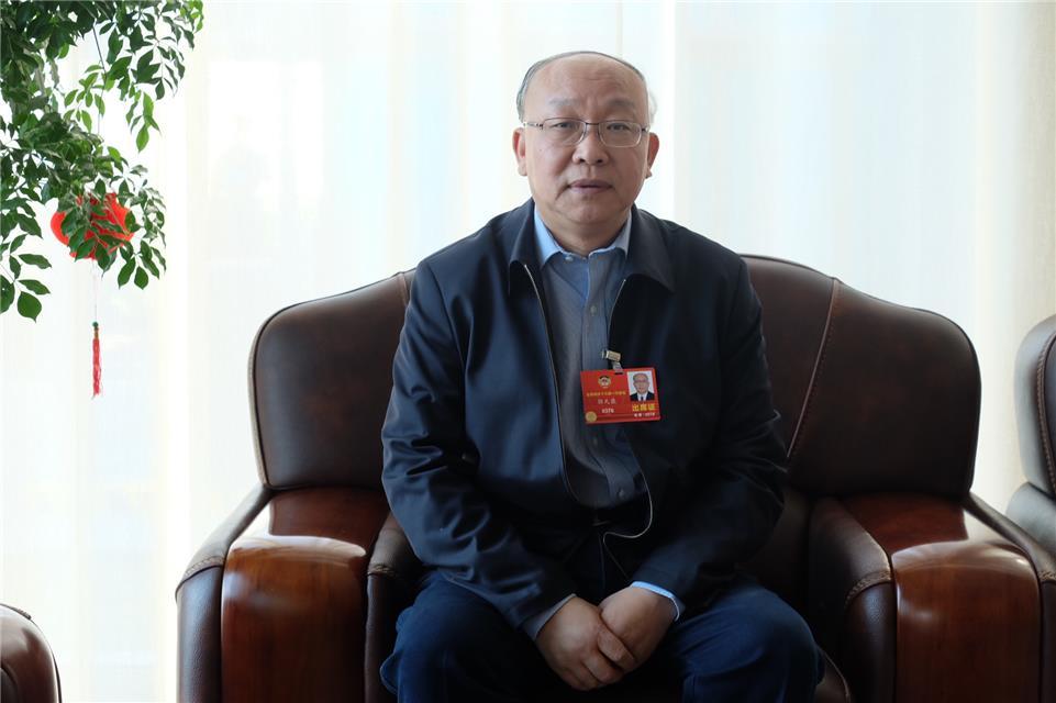 重庆时时彩走势图怎么看:郭天康委员:加大对职业院校资金投入力度