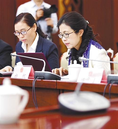 北京赛车直播软件:各界人士谈宪法修正案草案:修宪符合时代要求体现制度优势