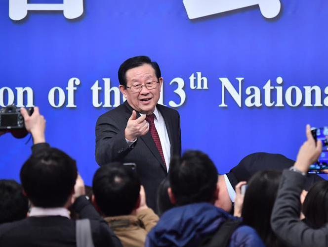 """(两会)(5)科技部部长万钢等就""""加快建设创新型国家""""答记者问"""