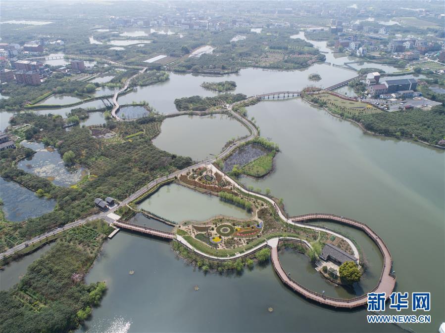 > 正文    这是3月27日使用无人机航拍的余杭区乡村旅游步道塘超小径.