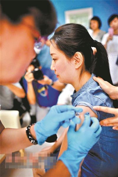 金沙国际娱乐官网:专访博鳌超级医院医疗中心负责人郭颖:第一批九价HPV疫苗可接种2000人