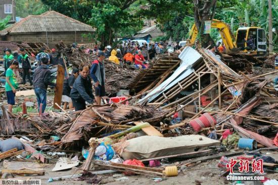 印尼巽他海峡海啸已造成222人死亡
