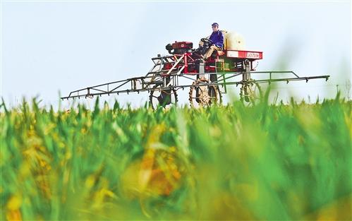 农机助春耕 种田更轻松
