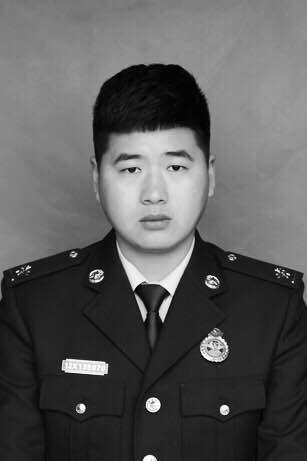 致哀!安徽省蚌埠市一消防员在救援中壮烈牺牲
