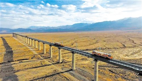 """甘青通""""金桥""""――写在敦煌铁路"""