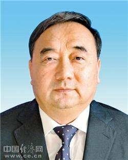 呼和浩特市委原书记云光中涉嫌受贿案被提起公诉(图/简历)