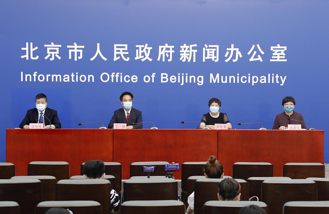 昼夜奋战的北京抗疫一线见闻