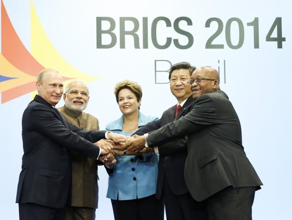萨出席金砖国家领导人第六次会晤并发表重要讲话.这是习近平同出图片
