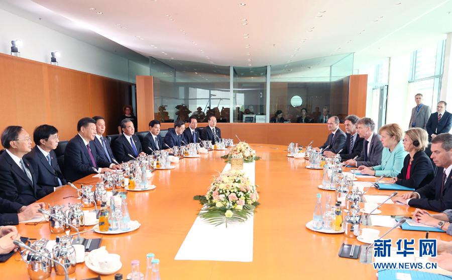 新华社记者姚大伟摄-习近平同德国总理默克尔举行会谈 两国领导人图片