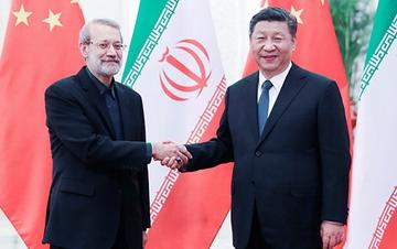 习近平会见伊朗伊斯兰议会议长拉里贾尼