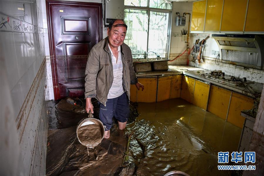 (社会)(1)洪水过后的北川村庄