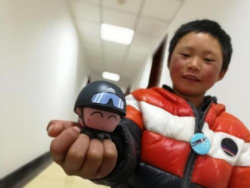 """资料图:""""冰花男孩""""王福满。中国长安网供图"""