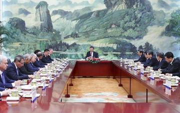 习近平集体会见上合作组织会议外方团长