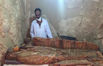 埃及考古重大发现 8具3500年木乃伊墓葬出土