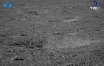 """""""玉兔二号""""最新科学成果揭示月球内部物质结构"""