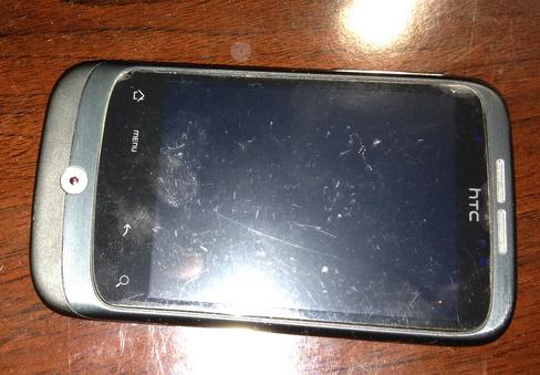 触屏手机裸奔还是贴膜,这是一个问题