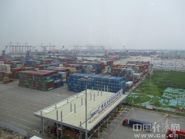 XW1811106广州南沙海港集装箱码头马常艳产业市场.jpg