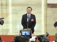 最高人民法院副院长江必新接受采访.jpg