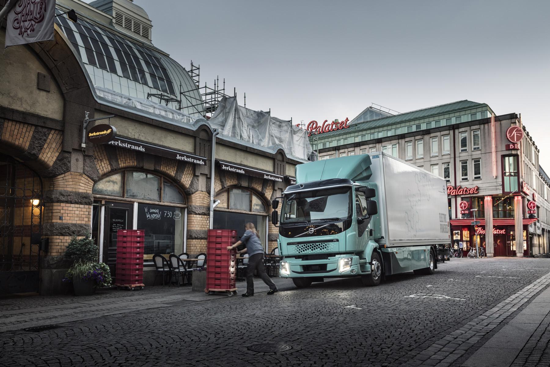 图片2 2019年,沃尔沃卡车开始生产沃尔沃中型FL Electric和FE Electric电动卡车.jpg
