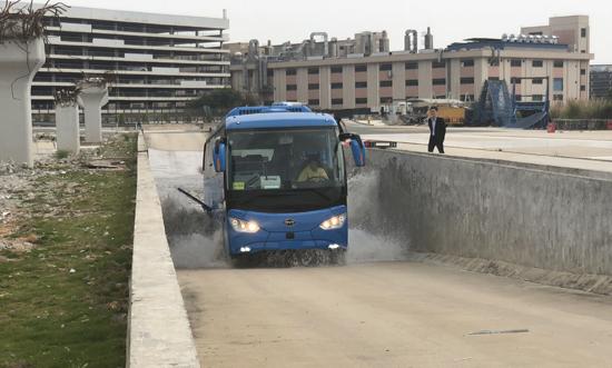 深圳实现公交纯电动化 比亚迪助力绿色出行