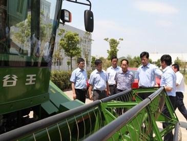 中联重机助力袁隆平高产水稻攻关项目