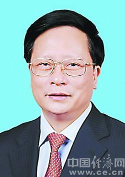 苏增添当选福建省人大常委会副主任(图|简历)
