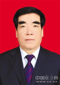 马如龙、多吉、武金辉、赵合辞任西藏自治区人