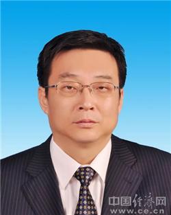 吕志成当选阜新市人大常委会主任
