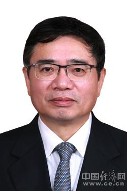 蒋卓庆当选上海市人大常委会主任