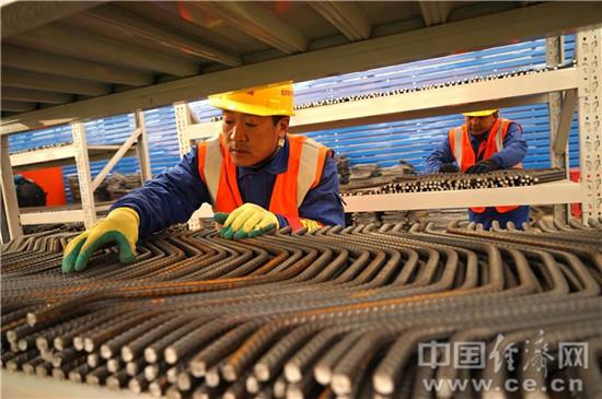 北京规模最大钢筋加工厂正式投产作业