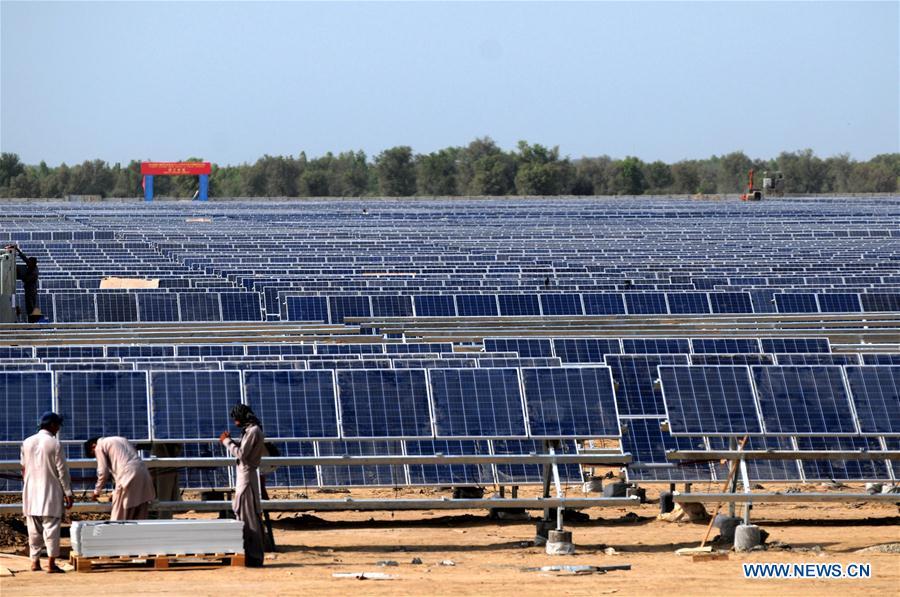 Xinhua Headlines: Economic corridor changes Pakistan's business, economic landscape