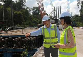Chinese contractor vows to ensure natural preservation in Brunei bridge construction