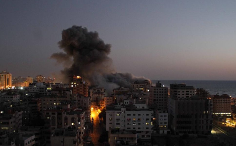 Tension between Israel, Gaza militants threatens to further escalate as death toll mounts