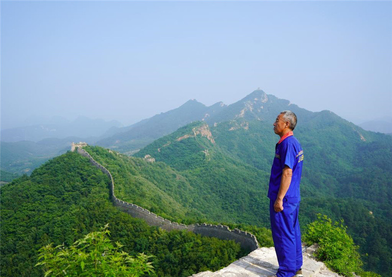 Pic story: protector of Great Wall