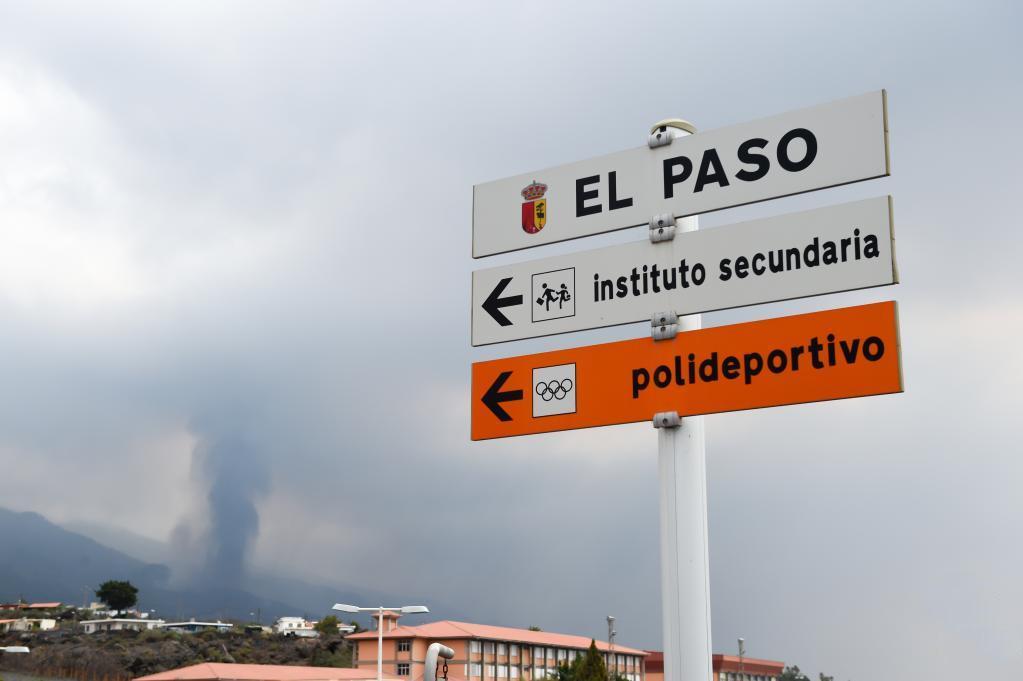 La Palma volcano eruption could last 24-84 days: expert estimate