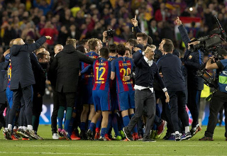 Barcelona advances to quarterfinal with 6-5 at UEFA Champions League