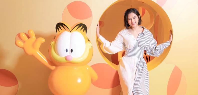 Gin李幸倪参观加菲猫40周年特展变身迷妹