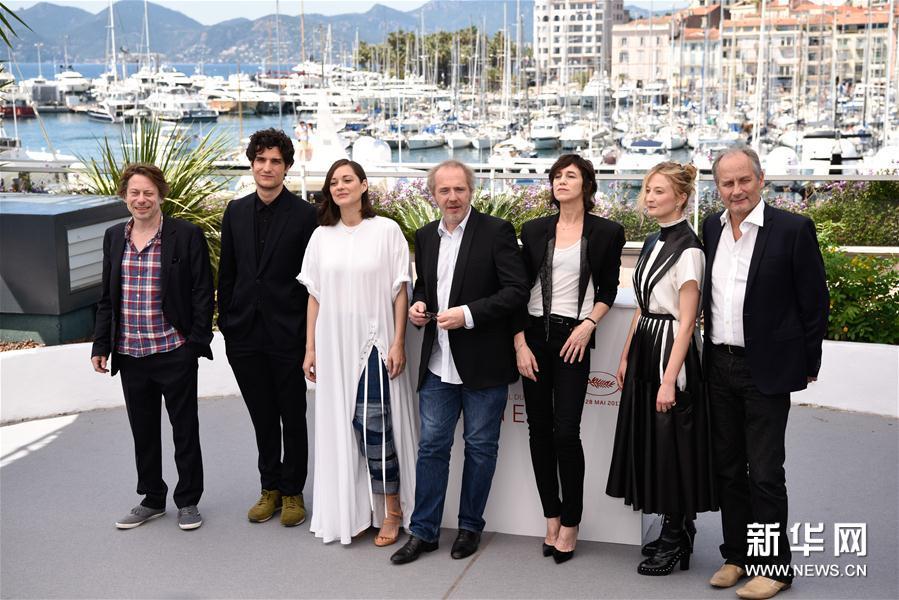 (国际)(1)影片《伊斯梅尔的幽魂》为戛纳电影节揭幕