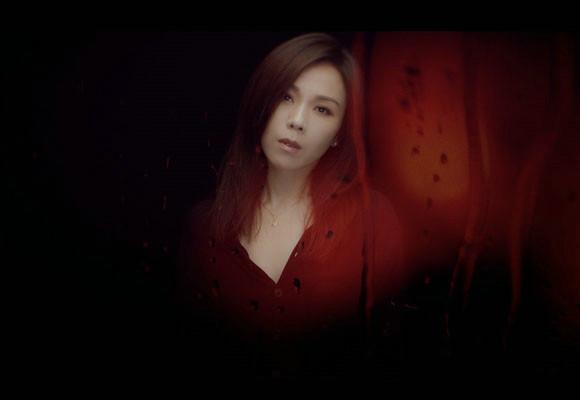蔡健雅倾情拍摄新歌《贪图》MV 诠释贪图恋人的30种理由