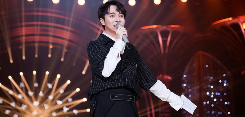 《歌手》2019吴青峰首秀《燕窝》表达歌者灵魂