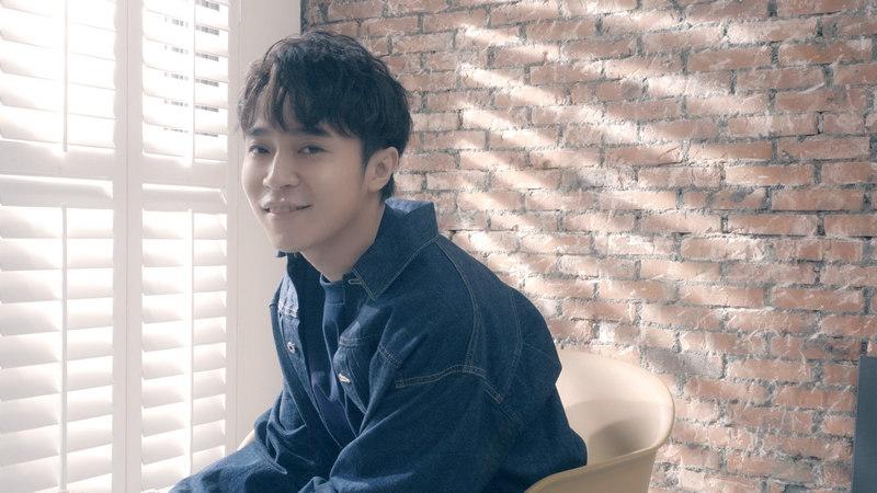 吴青峰 蜂鸟 歌词版MV发布 就算渺小也能创造巨大能量